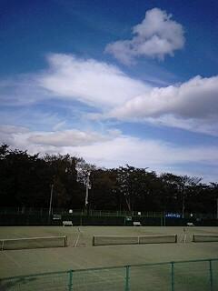 今日はテニス!